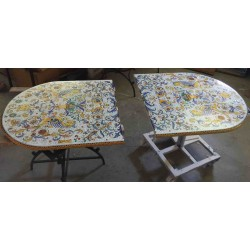 Ceramic Deruta elliptical table, Raffaello style