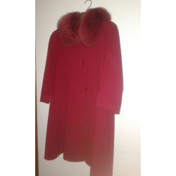 Coat for women with fur collar