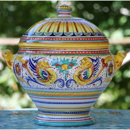 Tureen in ceramic Deruta, with lid