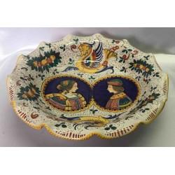 Fruttiera in ceramica Deruta, con 2 personaggi d'epoca