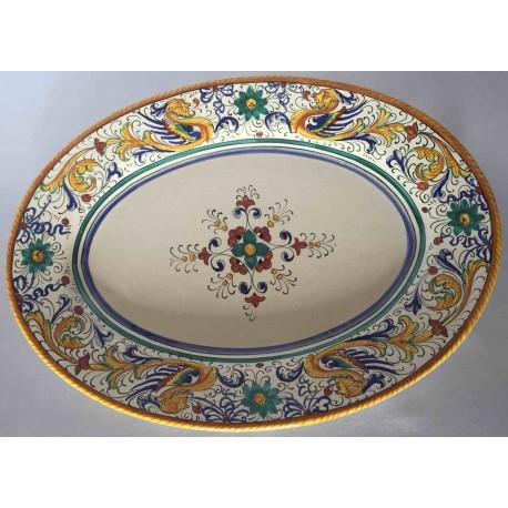 Piatto da portata ovale in ceramica Deruta, stile raffaellesco