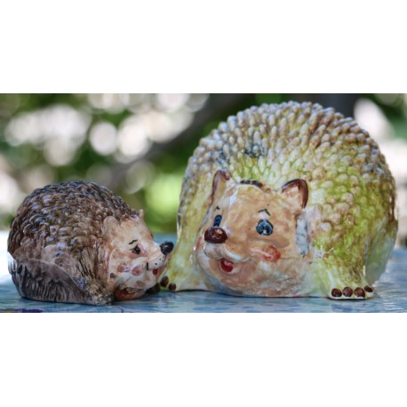Deruta ceramic hedgehog, hand painted